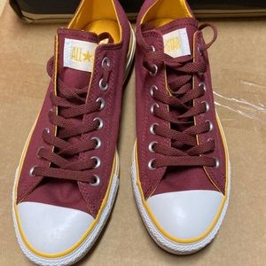 Red/Yellow Converse low size 9 men's